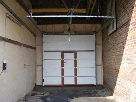 Vue int rieure for Porte de garage aludoor
